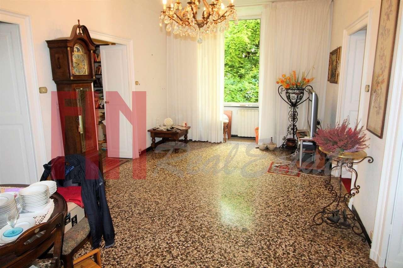 Appartamento in buone condizioni in vendita Rif. 8533470