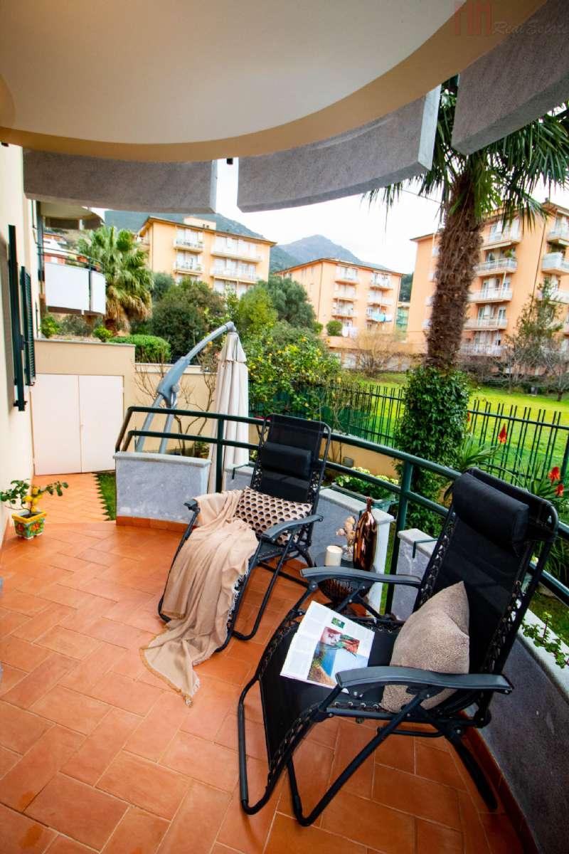 Appartamento in vendita a Arenzano, 3 locali, prezzo € 420.000 | PortaleAgenzieImmobiliari.it