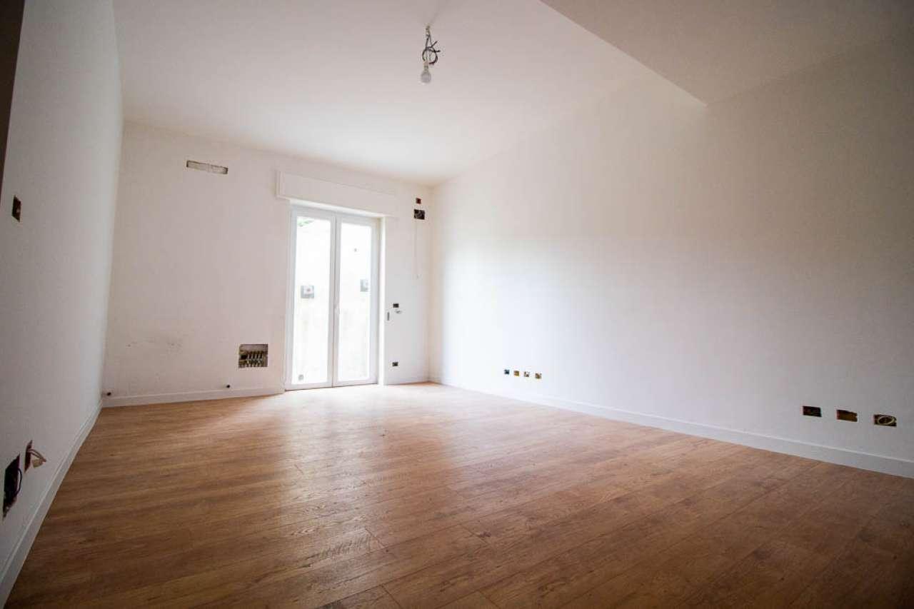 Appartamento in vendita a Genova, 3 locali, prezzo € 95.000 | PortaleAgenzieImmobiliari.it