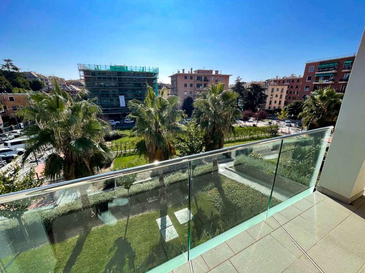 Appartamento in vendita a Genova, 3 locali, prezzo € 730.000 | PortaleAgenzieImmobiliari.it