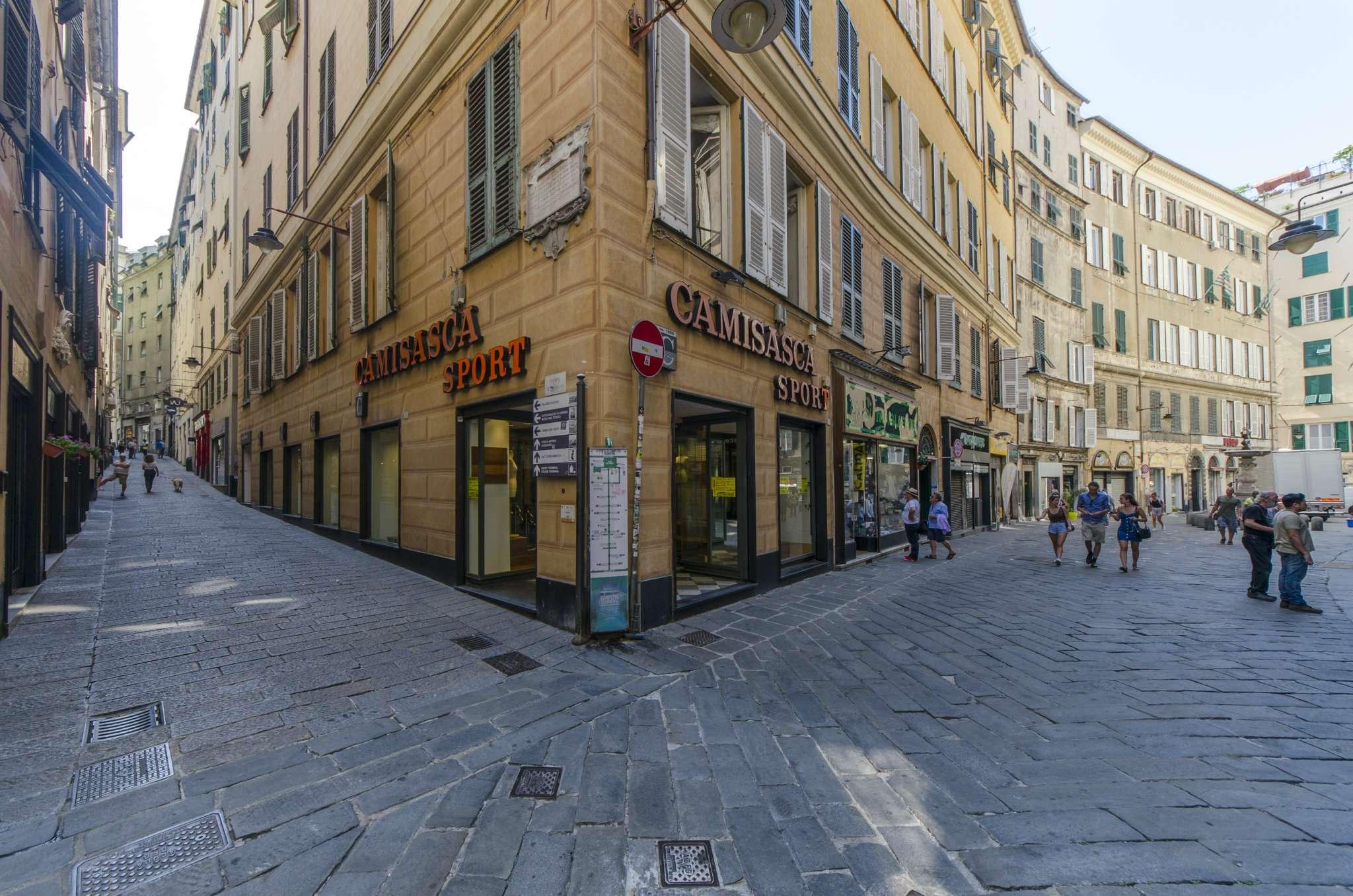 Negozio / Locale in affitto a Genova, 9999 locali, prezzo € 4.000   PortaleAgenzieImmobiliari.it