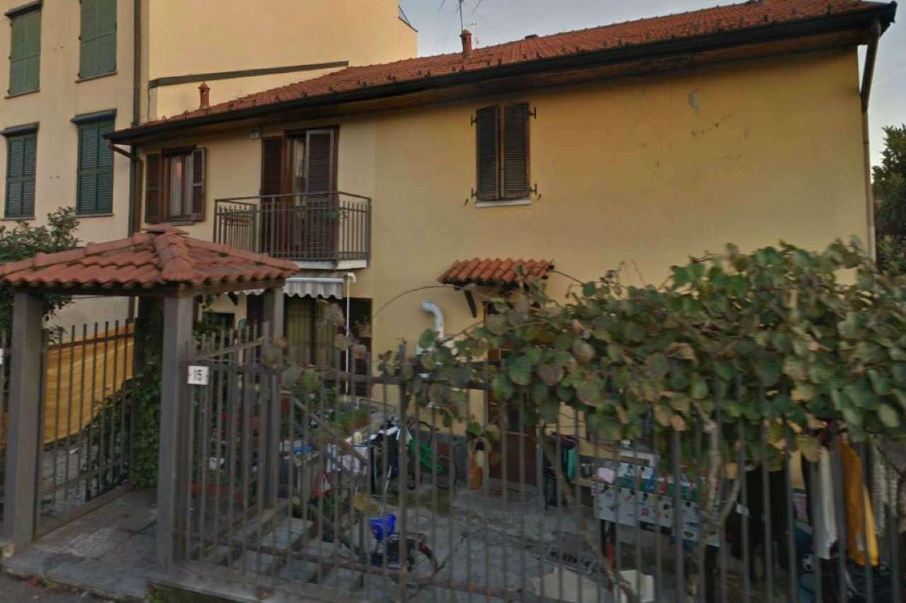 Appartamento da ristrutturare in vendita Rif. 6988382