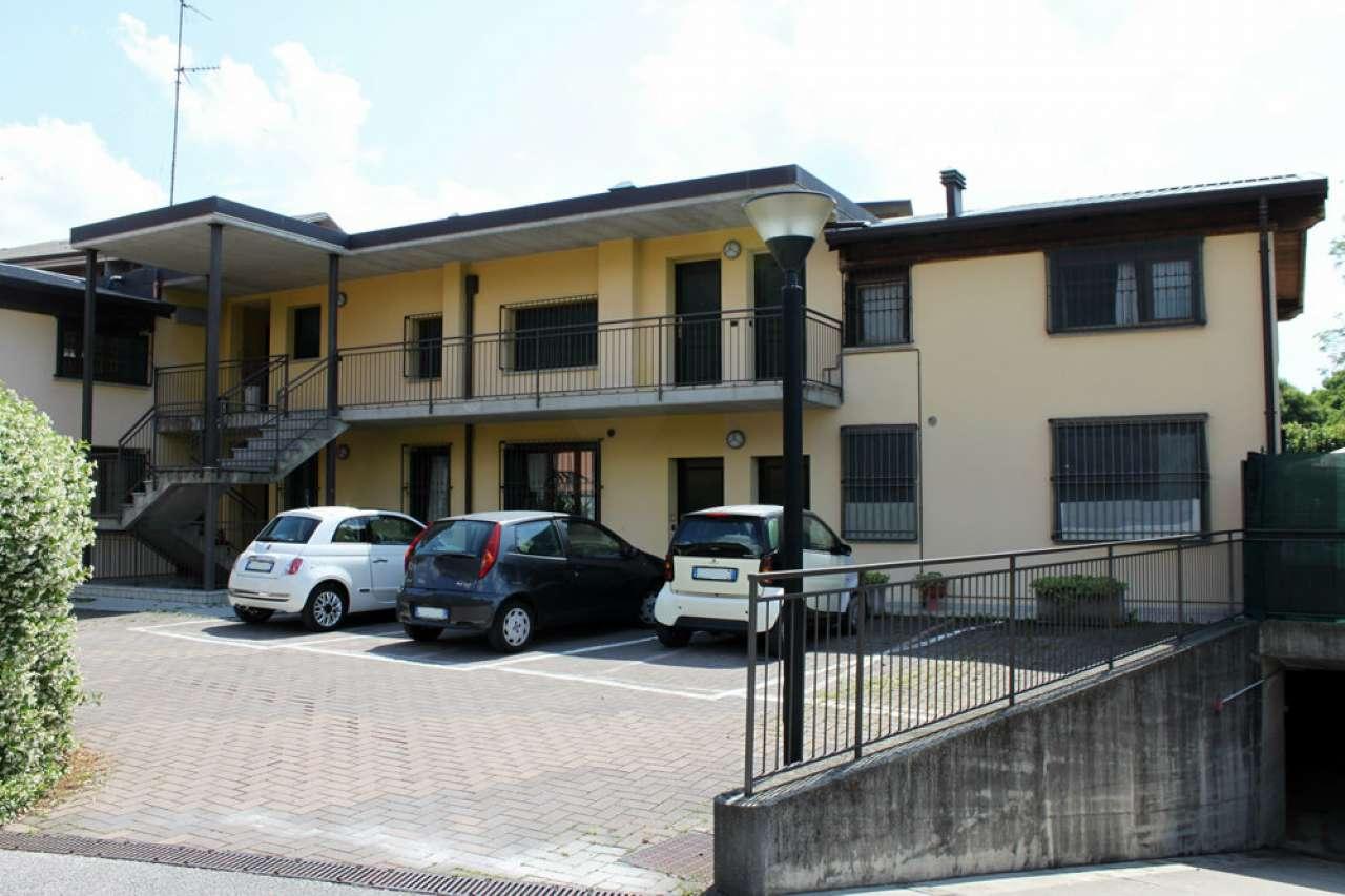 Attico / Mansarda in vendita a Erba, 3 locali, prezzo € 119.000 | PortaleAgenzieImmobiliari.it