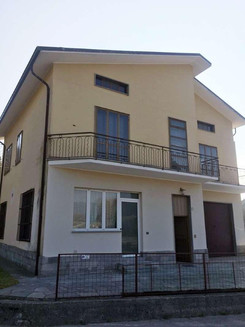 Villa in vendita a Proserpio, 7 locali, prezzo € 279.000   PortaleAgenzieImmobiliari.it