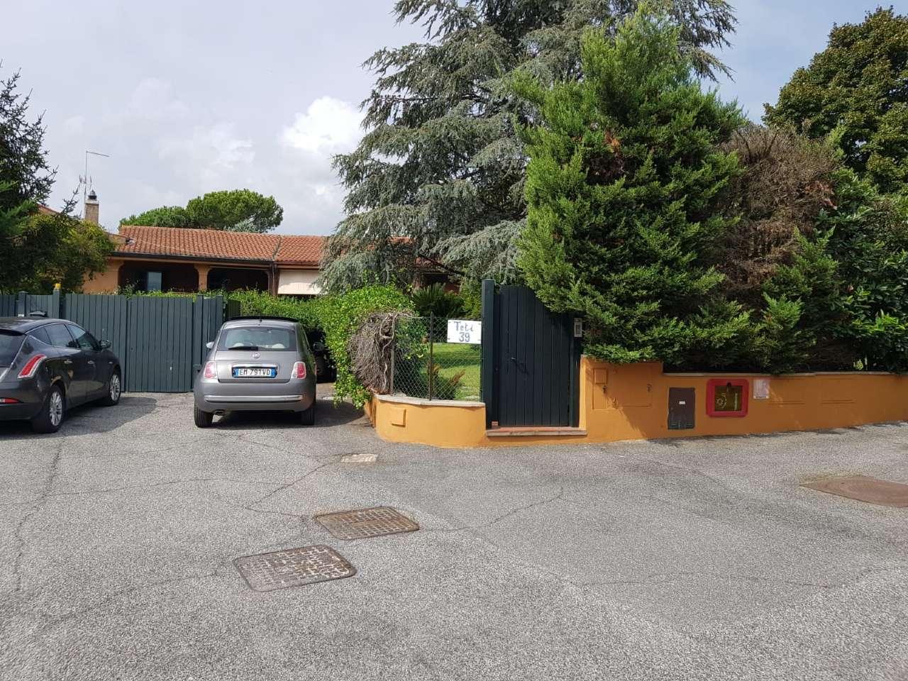 Villa a Schiera in vendita a Roma, 8 locali, zona Zona: 18 . Ardeatino - Grotta Perfetta - Fonte Meravigliosa, prezzo € 620.000 | CambioCasa.it