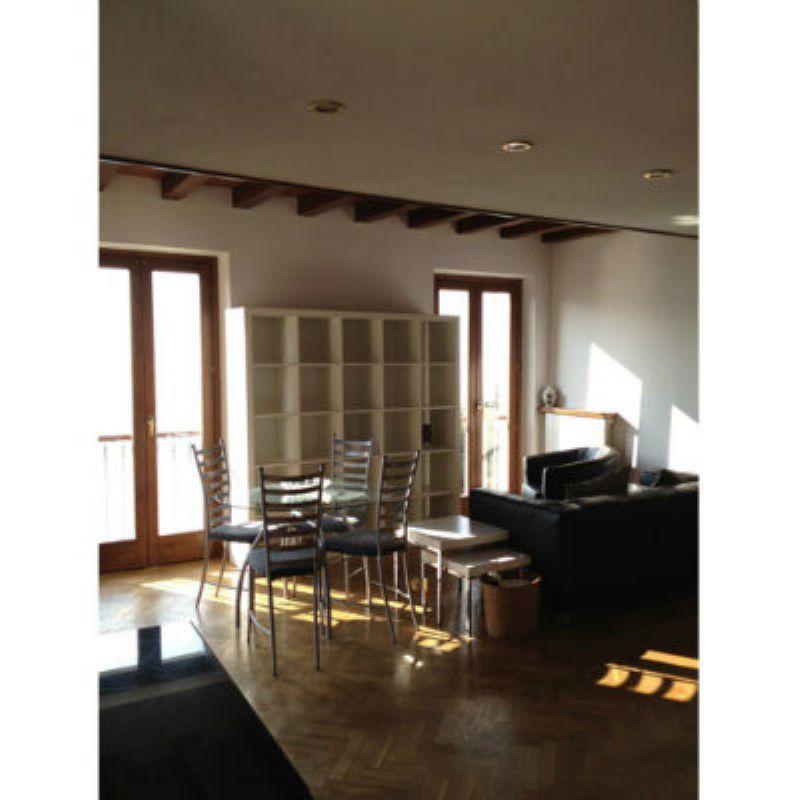 Appartamento in affitto a Laveno-Mombello, 3 locali, prezzo € 650 | CambioCasa.it