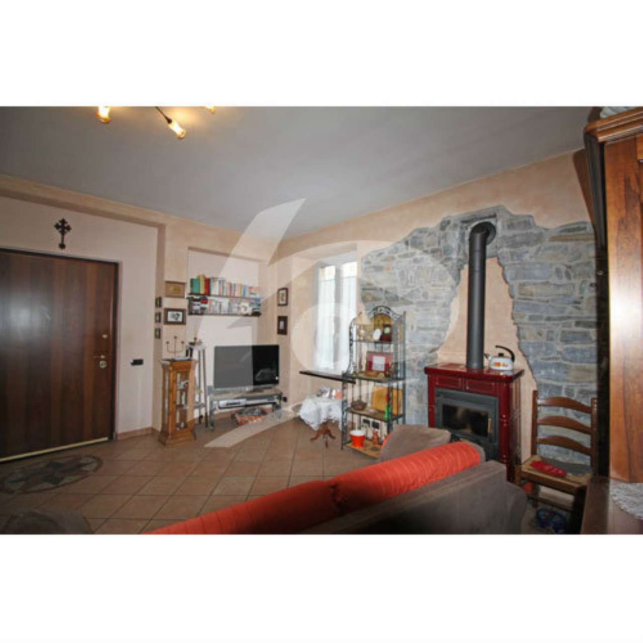 Appartamento in vendita a Laveno-Mombello, 3 locali, prezzo € 175.000 | PortaleAgenzieImmobiliari.it