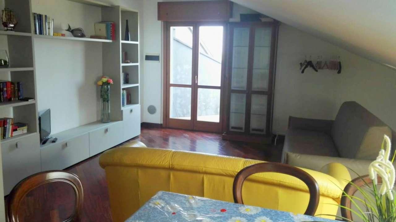 Stanza / posto letto in buone condizioni in affitto Rif. 7932225