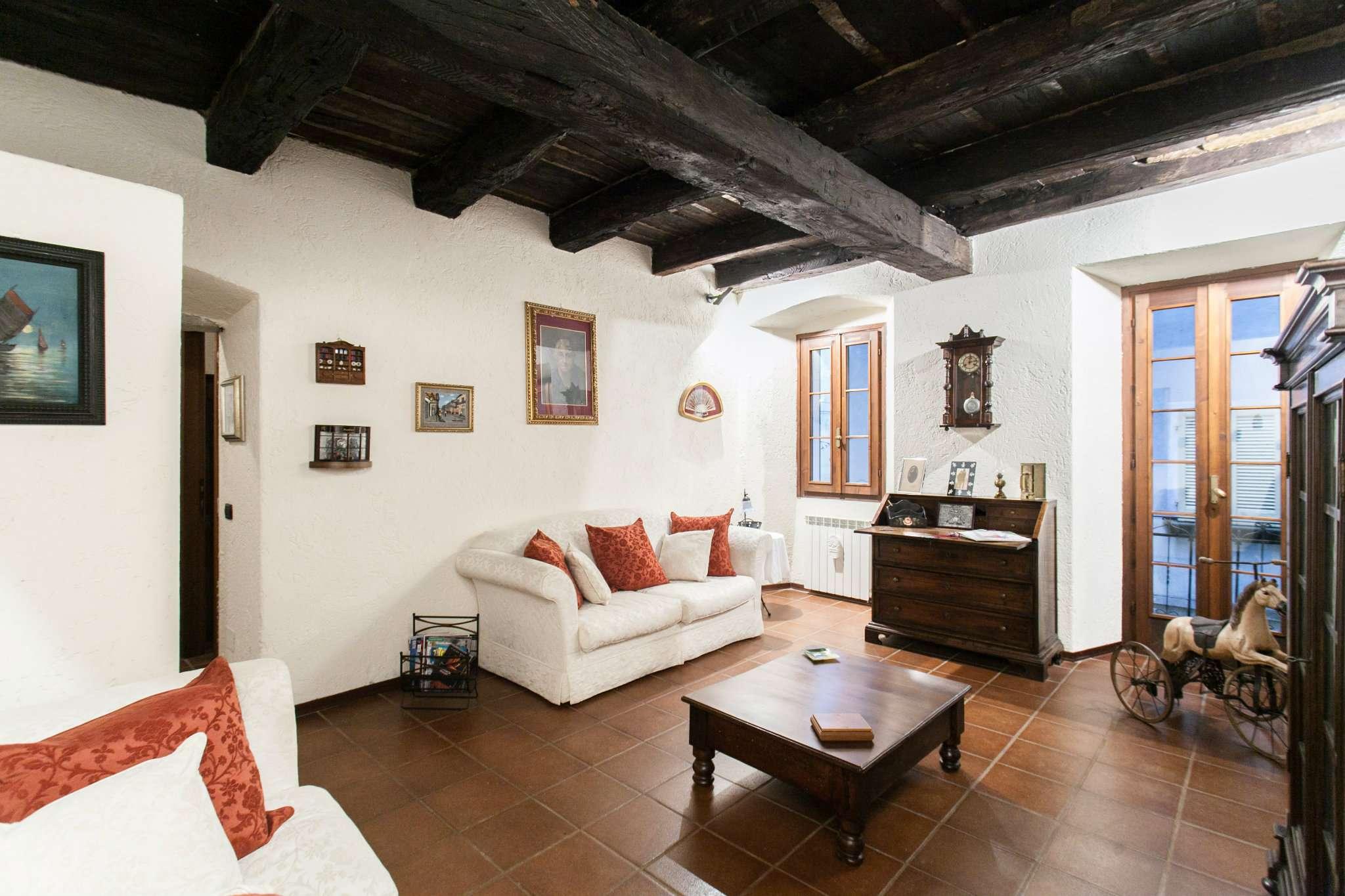 Appartamento di mq 100 c.a Orta San Giulio - Via Olina