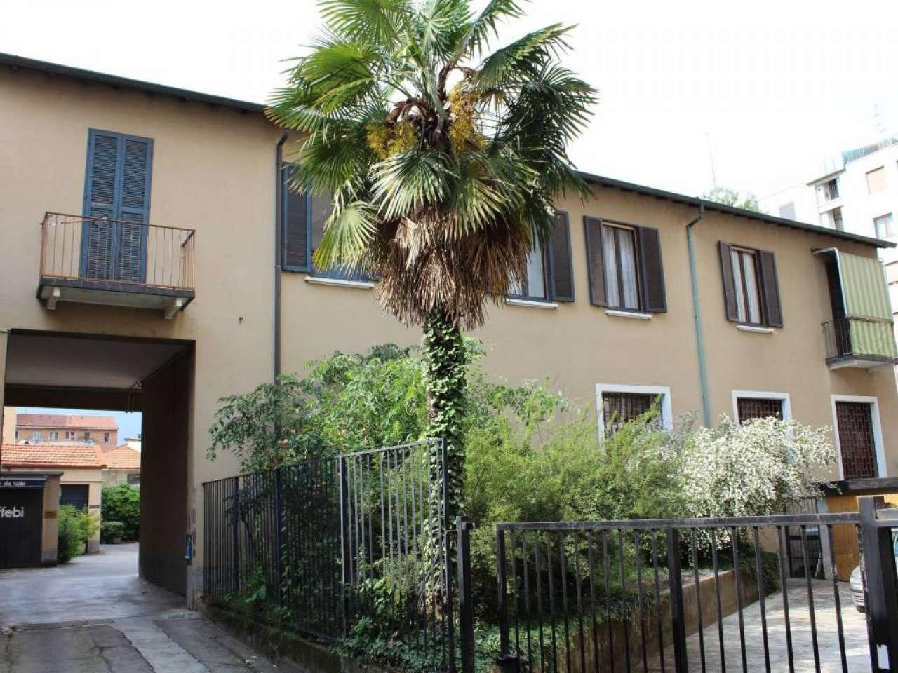 Rustico / Casale in vendita a Milano, 3 locali, zona Zona: 10 . P.ta Genova, Romolo, Solari, Savona, Tortona, prezzo € 130.000   CambioCasa.it
