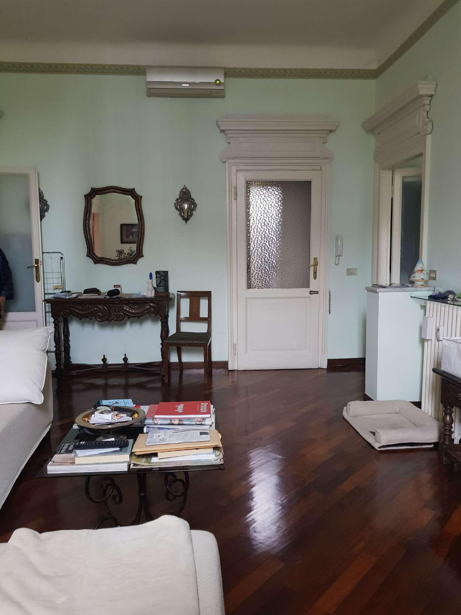 Appartamento in affitto a Milano, 2 locali, zona Zona: 8 . Bocconi, C.so Italia, Ticinese, Bligny, prezzo € 1.250 | CambioCasa.it