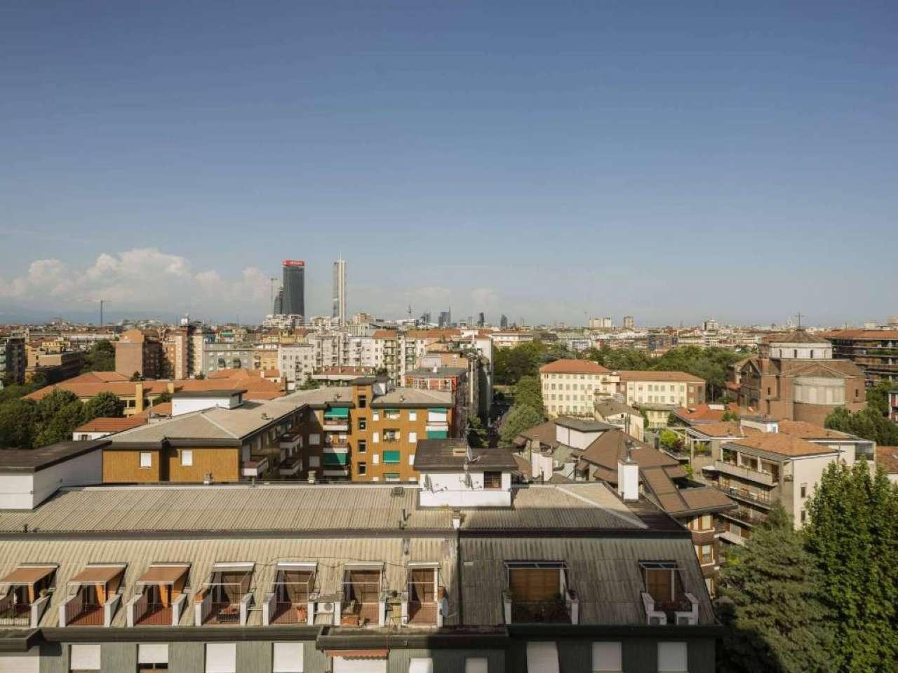 Vendesi a Milano Attico / Mansarda