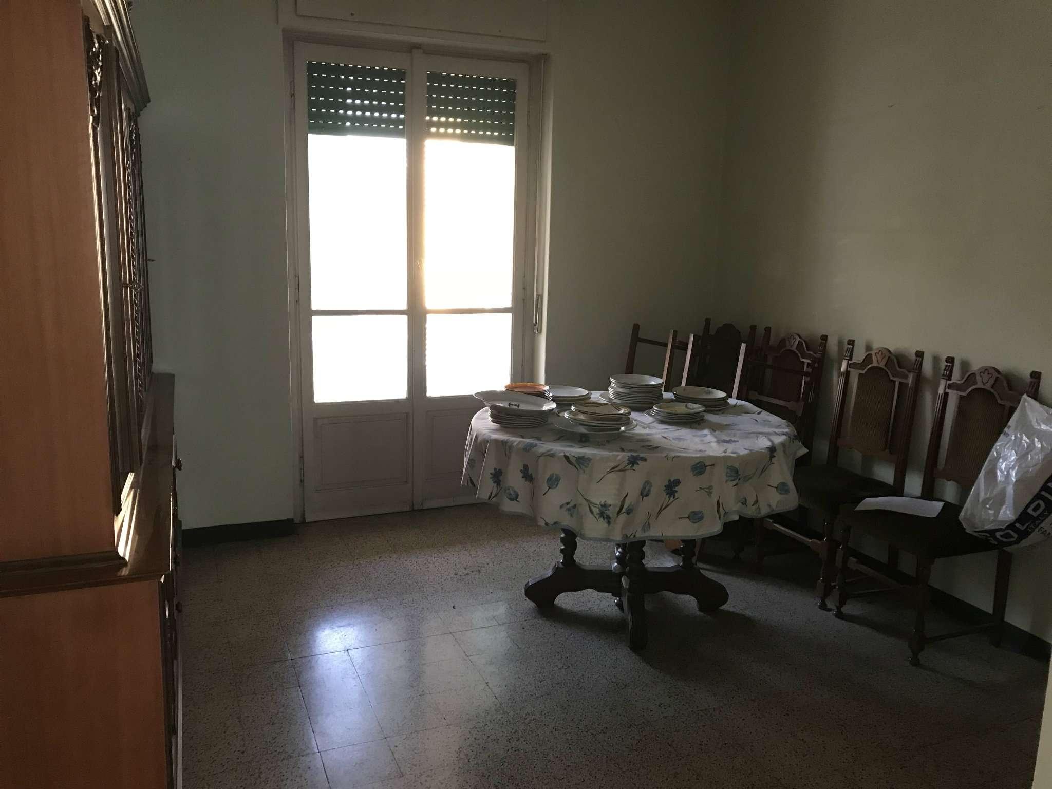 Appartamento da ristrutturare in vendita Rif. 7297055
