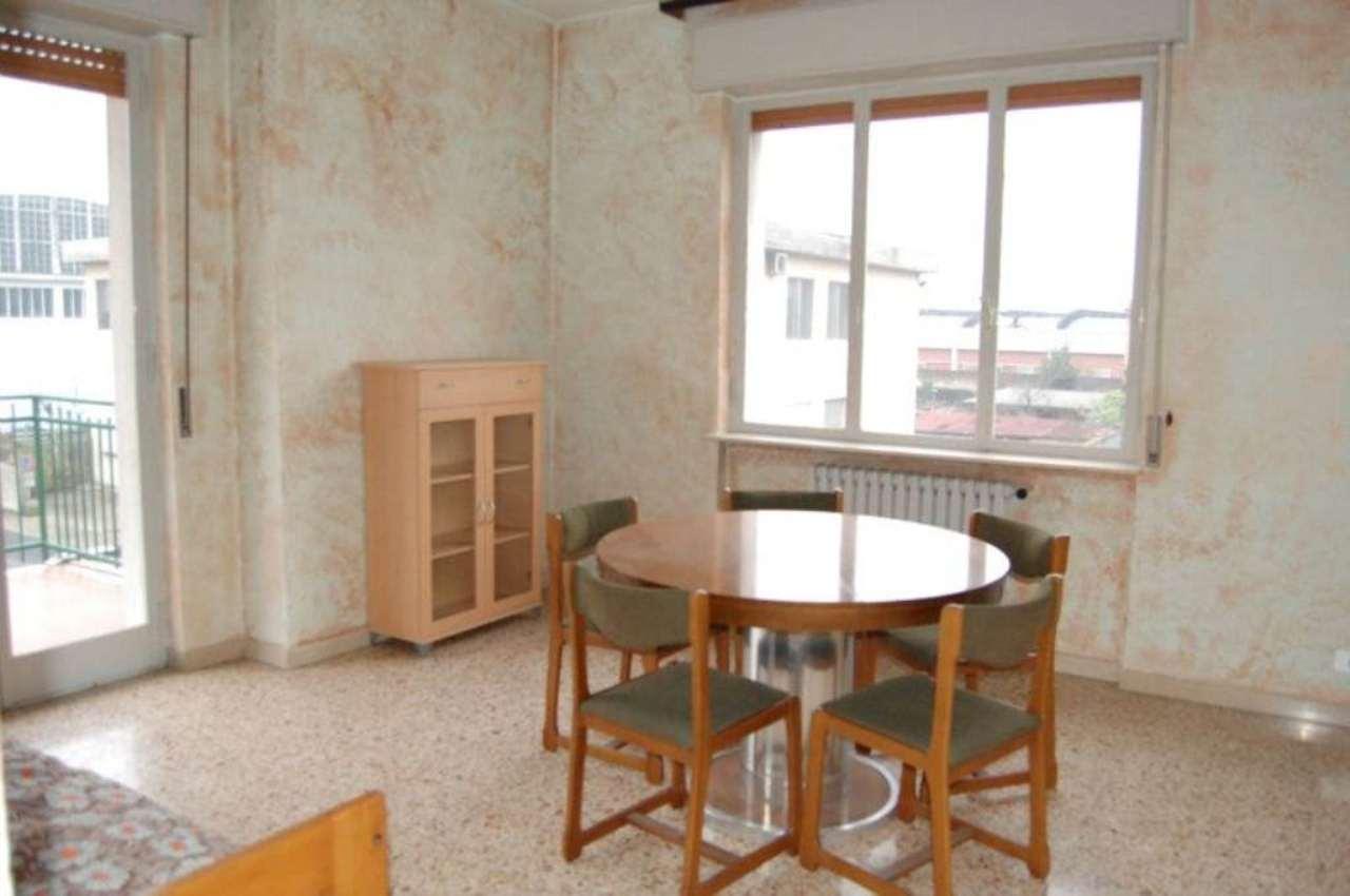 Appartamento in ottime condizioni parzialmente arredato in affitto Rif. 4499923