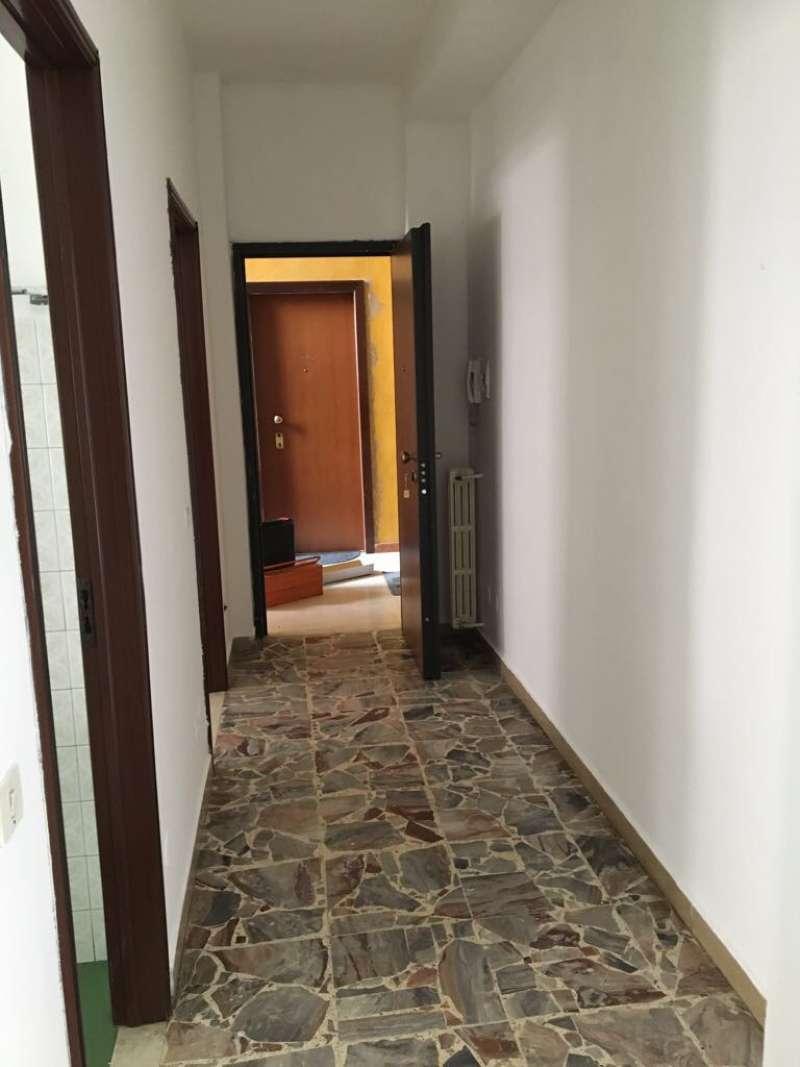 Appartamento in buone condizioni in affitto Rif. 4500019