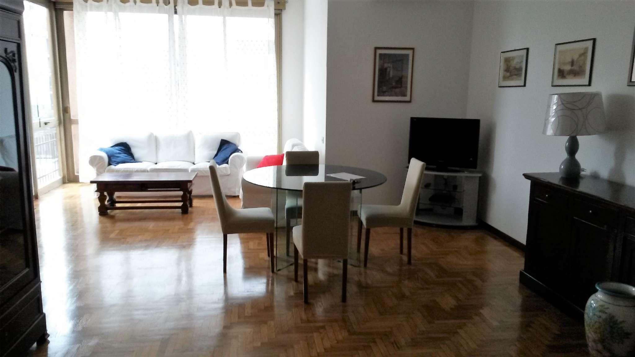 Appartamento in buone condizioni arredato in affitto Rif. 6140422