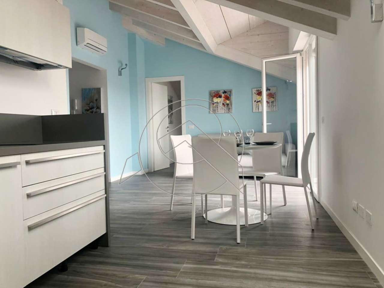 Appartamento in vendita a Loano, 3 locali, prezzo € 365.000 | CambioCasa.it