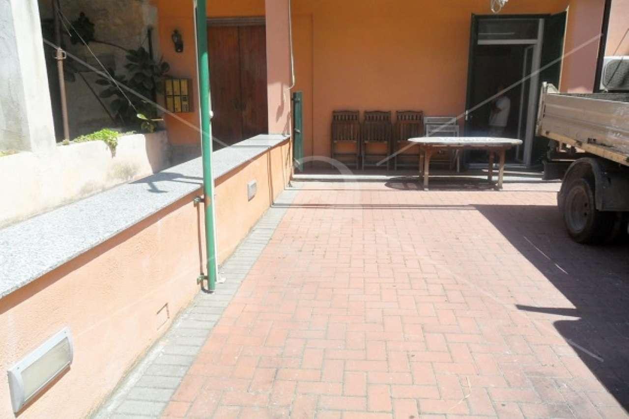 Appartamento in vendita a Borghetto Santo Spirito, 3 locali, prezzo € 210.000   CambioCasa.it
