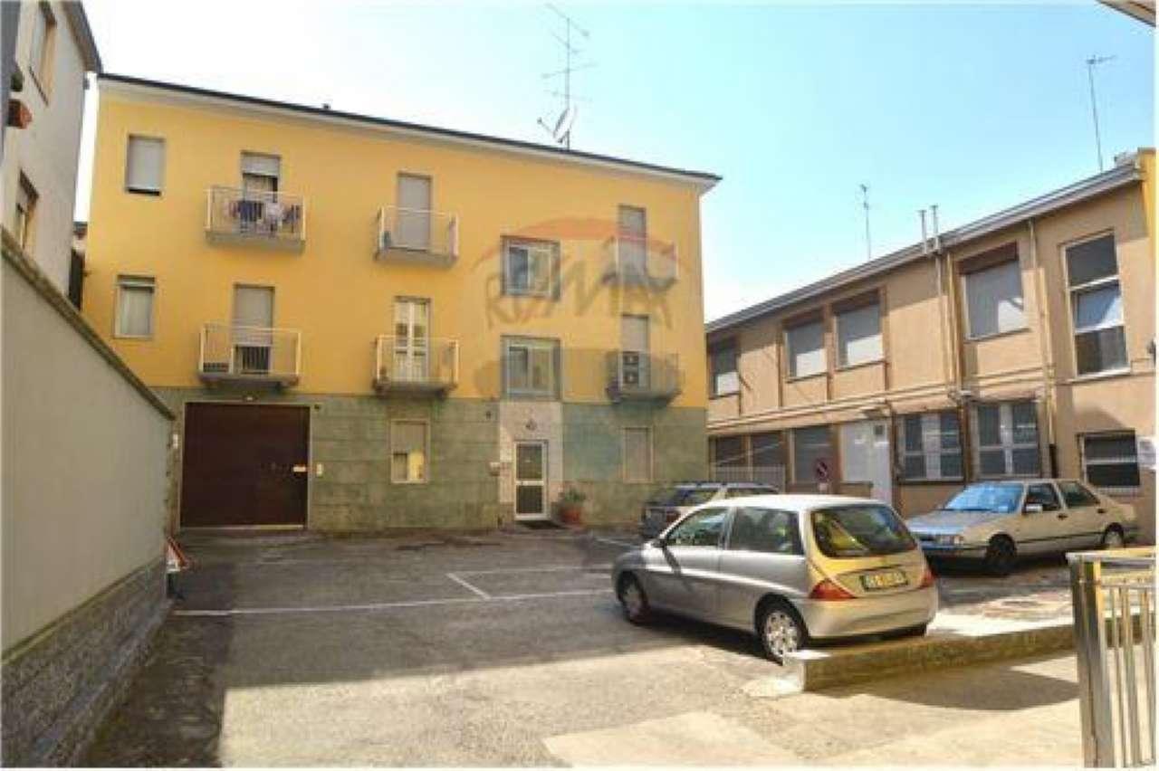 Appartamento in affitto a Bollate, 2 locali, prezzo € 640 | CambioCasa.it