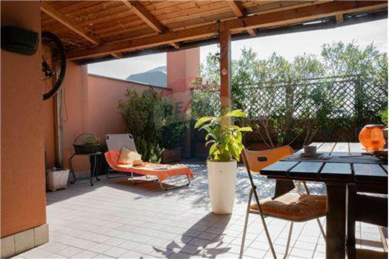 Appartamento in ottime condizioni in vendita Rif. 8778113