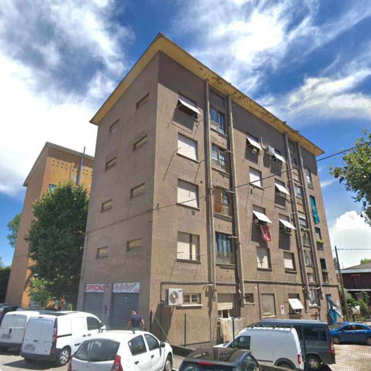 Appartamento in buone condizioni in vendita Rif. 9274436
