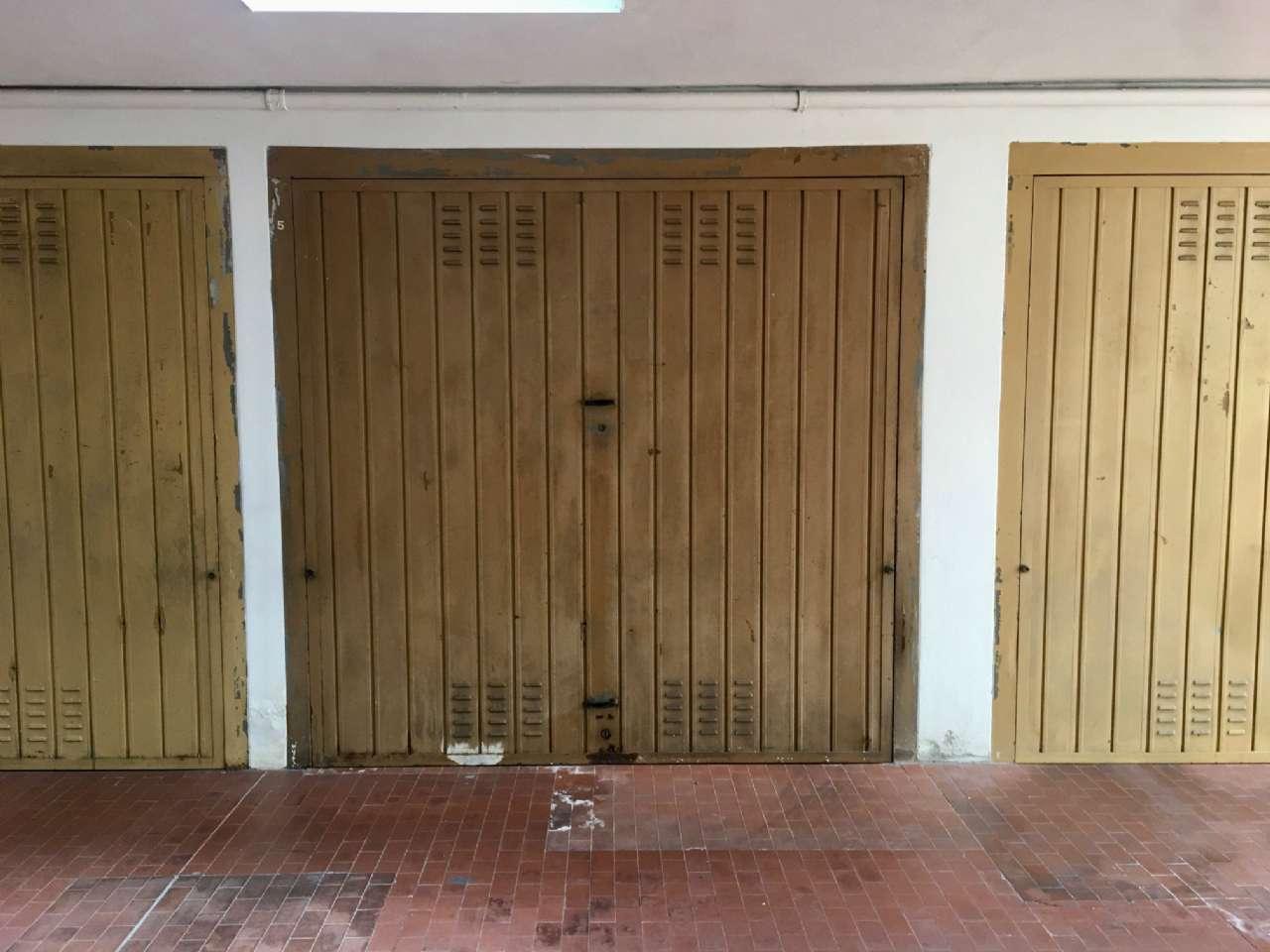 Box / Garage in Vendita a Bresso