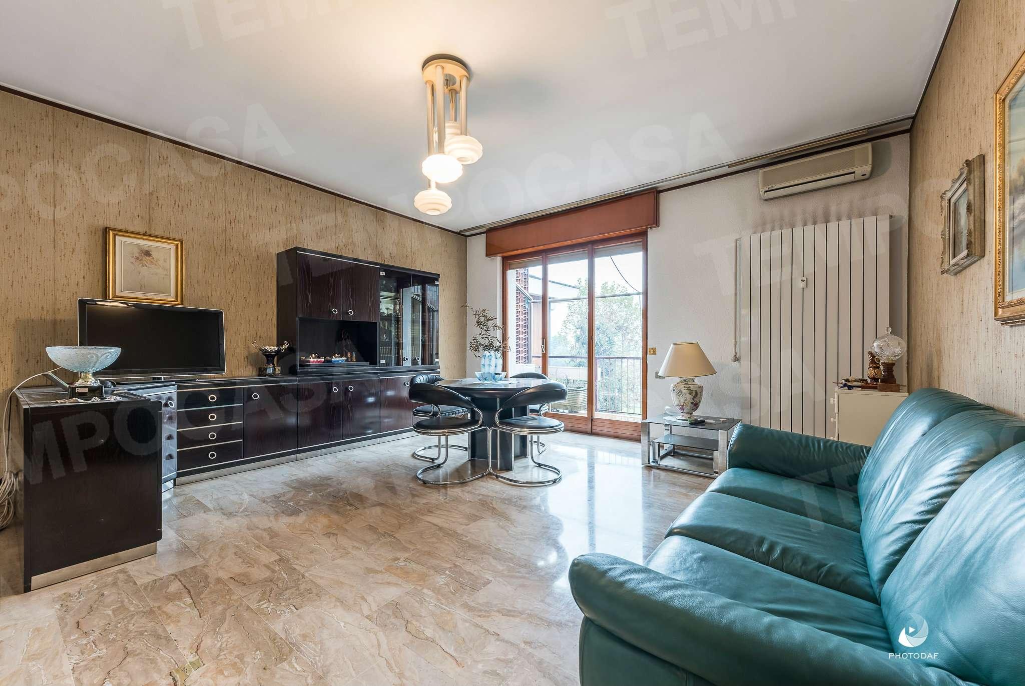 Appartamento in buone condizioni in vendita Rif. 8735611