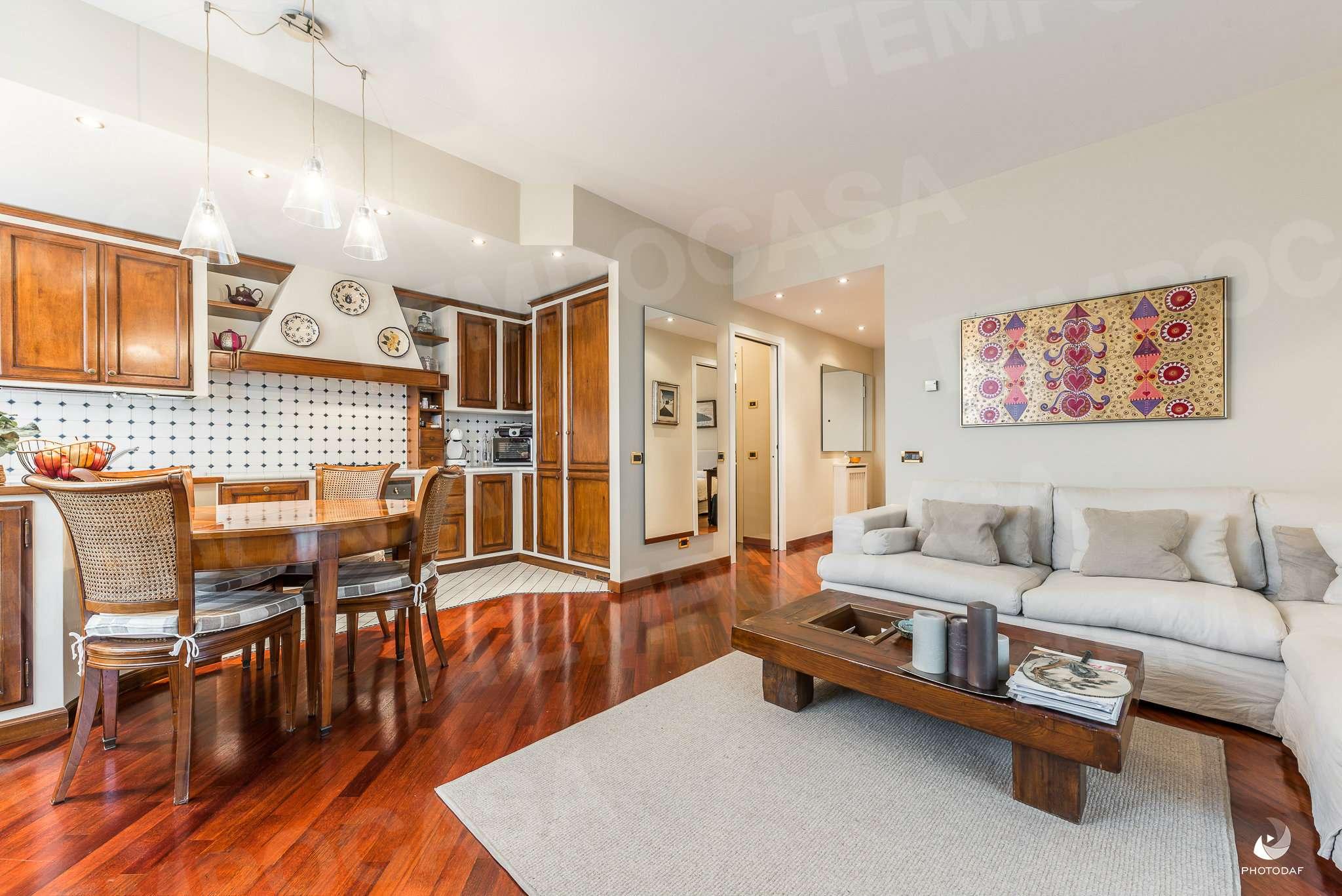 Appartamento ristrutturato arredato in vendita Rif. 8849760