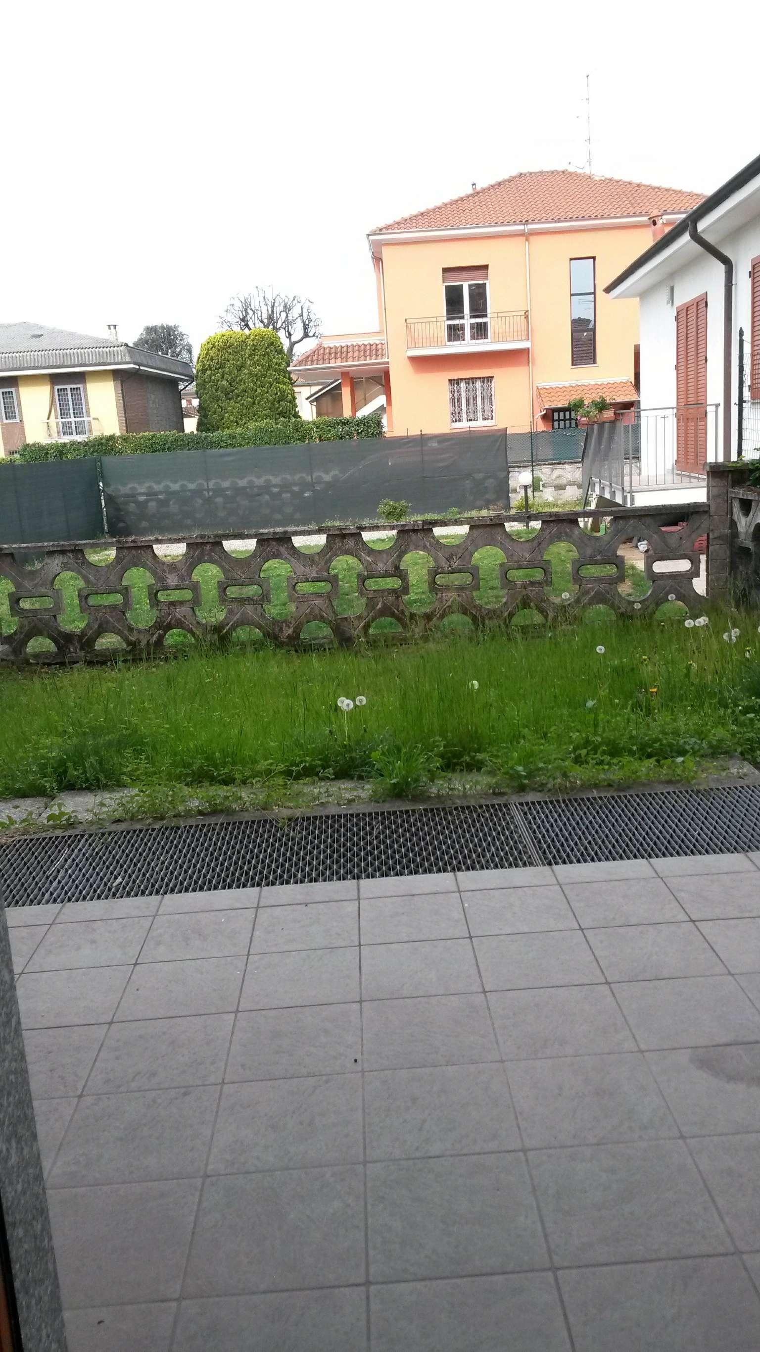 Villa a Schiera in affitto a Cesate, 4 locali, prezzo € 1.100   CambioCasa.it