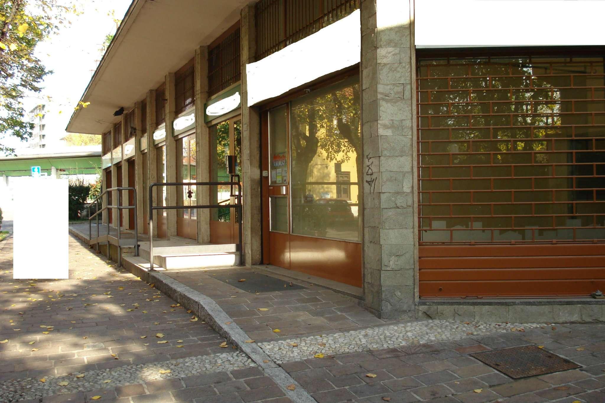 Negozio / Locale in affitto a Garbagnate Milanese, 6 locali, Trattative riservate | CambioCasa.it