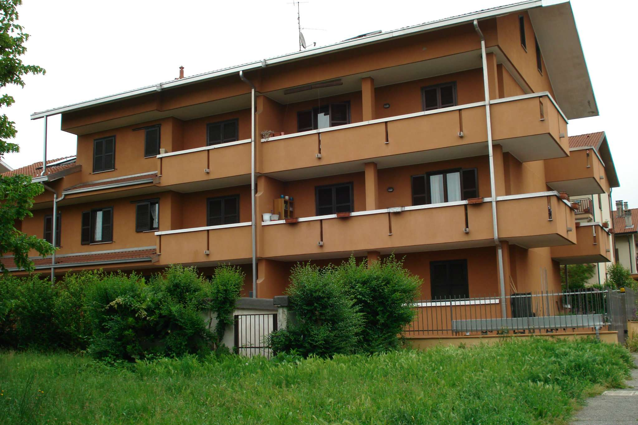 Appartamento in buone condizioni parzialmente arredato in affitto Rif. 5169582