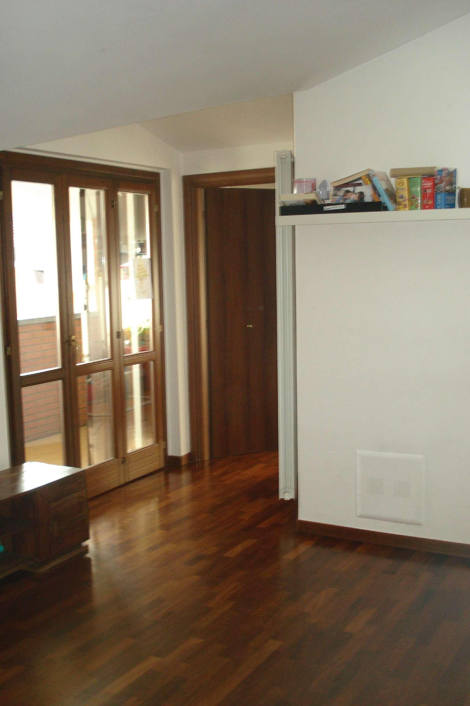Appartamento in vendita a Caronno Pertusella, 2 locali, prezzo € 108.000 | PortaleAgenzieImmobiliari.it