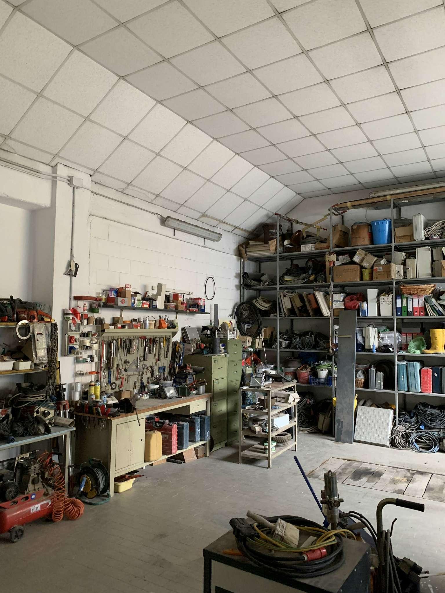 Laboratorio in vendita a Senago, 1 locali, prezzo € 85.000 | PortaleAgenzieImmobiliari.it