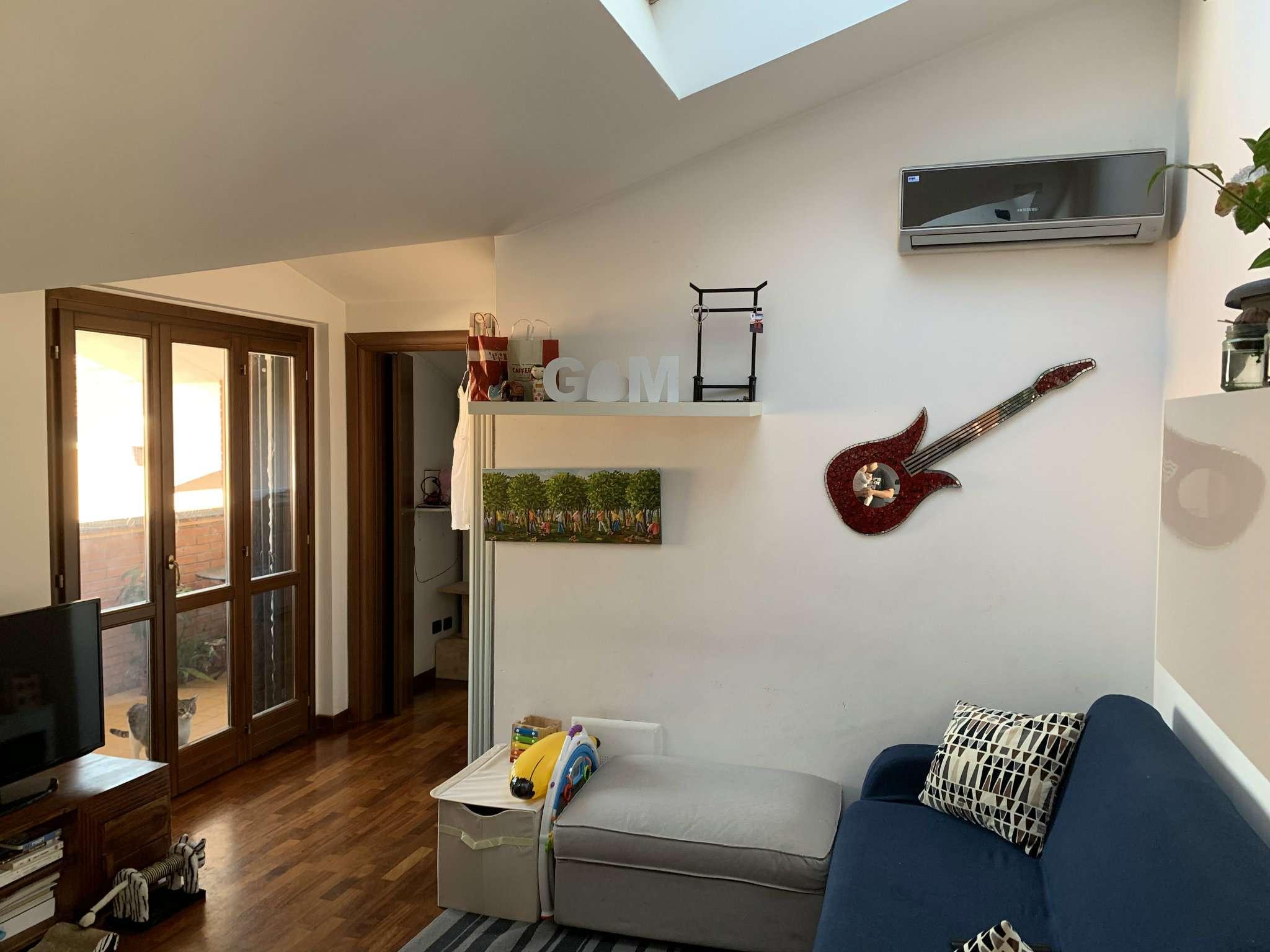 Appartamento in vendita a Caronno Pertusella, 2 locali, prezzo € 95.000 | PortaleAgenzieImmobiliari.it