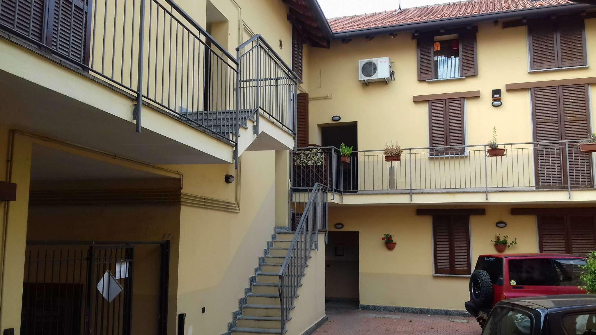 Appartamento in vendita a Caronno Pertusella, 2 locali, prezzo € 84.000 | PortaleAgenzieImmobiliari.it