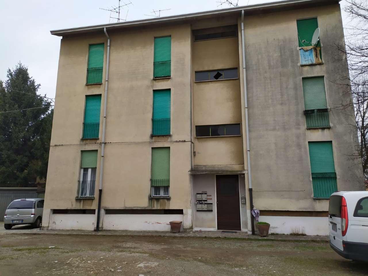 Appartamento in vendita a Magnago, 3 locali, prezzo € 35.000   PortaleAgenzieImmobiliari.it