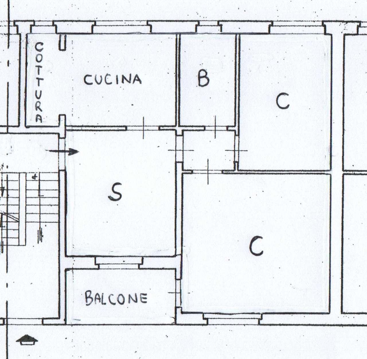 Appartamento da ristrutturare in vendita Rif. 8704869