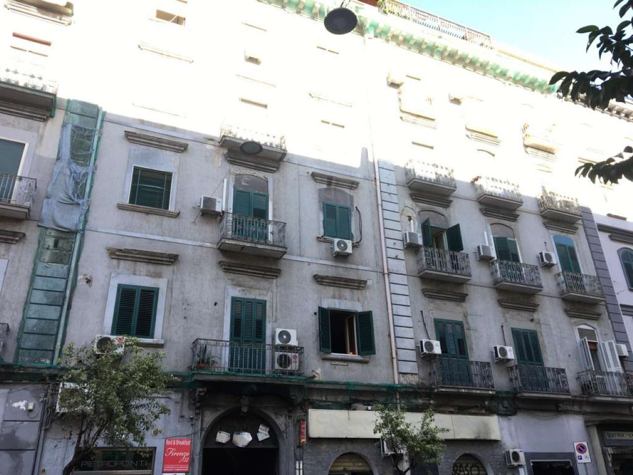 2a02b26e5f079 appartamenti quadrilocali in vendita a Napoli - Cambiocasa.it