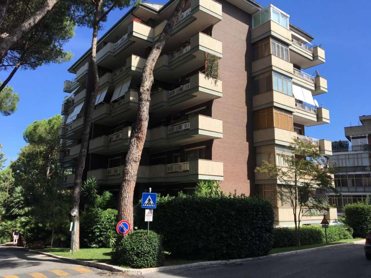 Appartamento in vendita a Roma, 6 locali, zona Zona: 42 . Cassia - Olgiata, prezzo € 580.000 | CambioCasa.it
