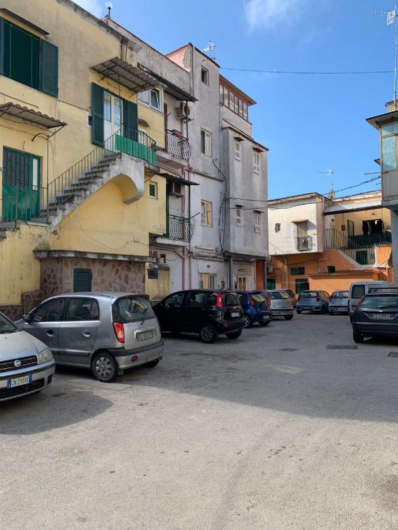 Appartamento in vendita a Napoli, 2 locali, zona Zona: 6 . Ponticelli, Barra, San Giovanni a Teduccio, prezzo € 21.000 | CambioCasa.it