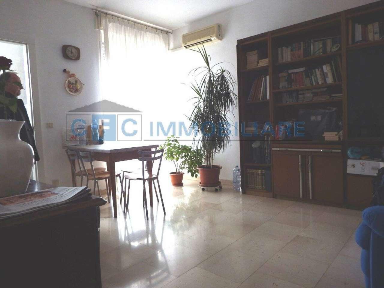Appartamento in ottime condizioni in vendita Rif. 8817727