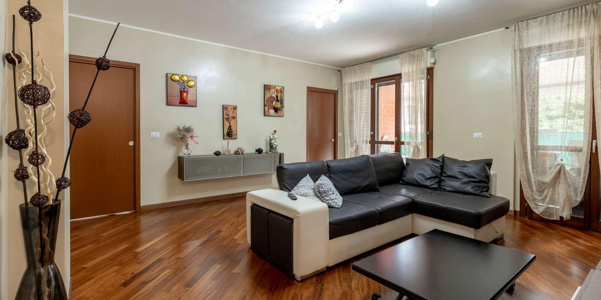 Appartamento in vendita a Trezzano sul Naviglio, 4 locali, prezzo € 310.000 | PortaleAgenzieImmobiliari.it