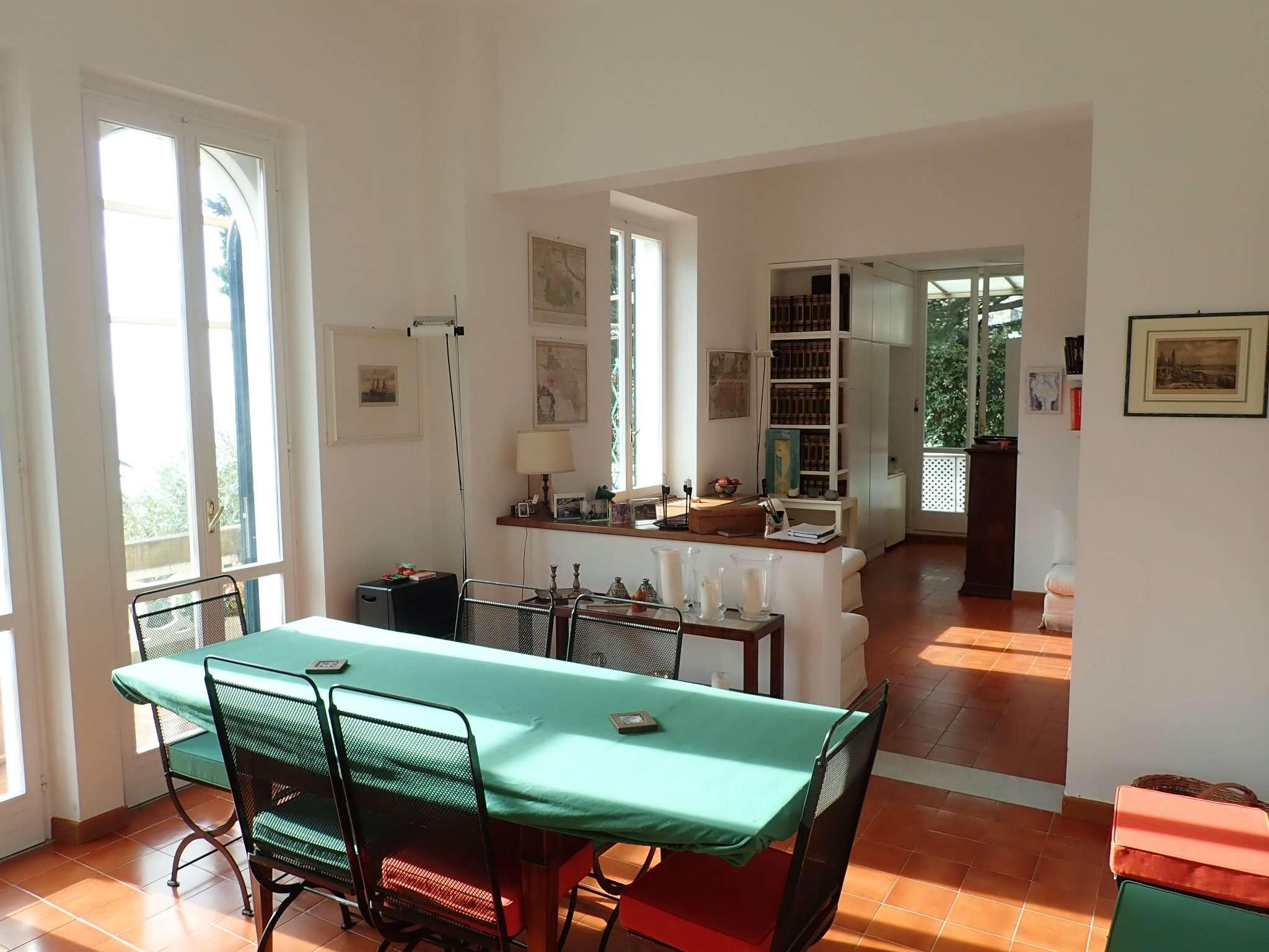 Appartamento in vendita a Levanto, 5 locali, prezzo € 940.000 | PortaleAgenzieImmobiliari.it
