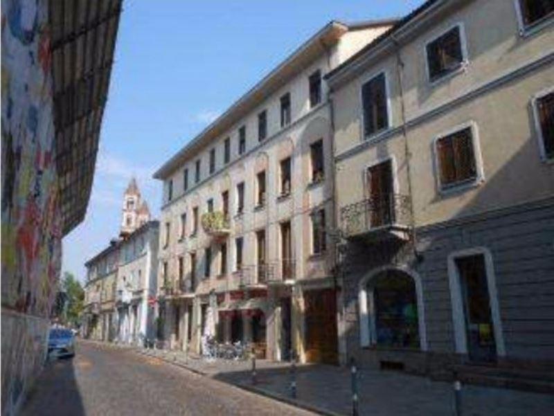 Negozio / Locale in vendita a Vercelli, 2 locali, prezzo € 190.000 | CambioCasa.it