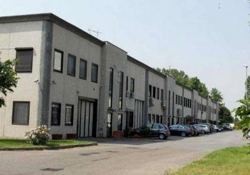 Capannone in vendita a Lacchiarella, 2 locali, prezzo € 441.000 | CambioCasa.it