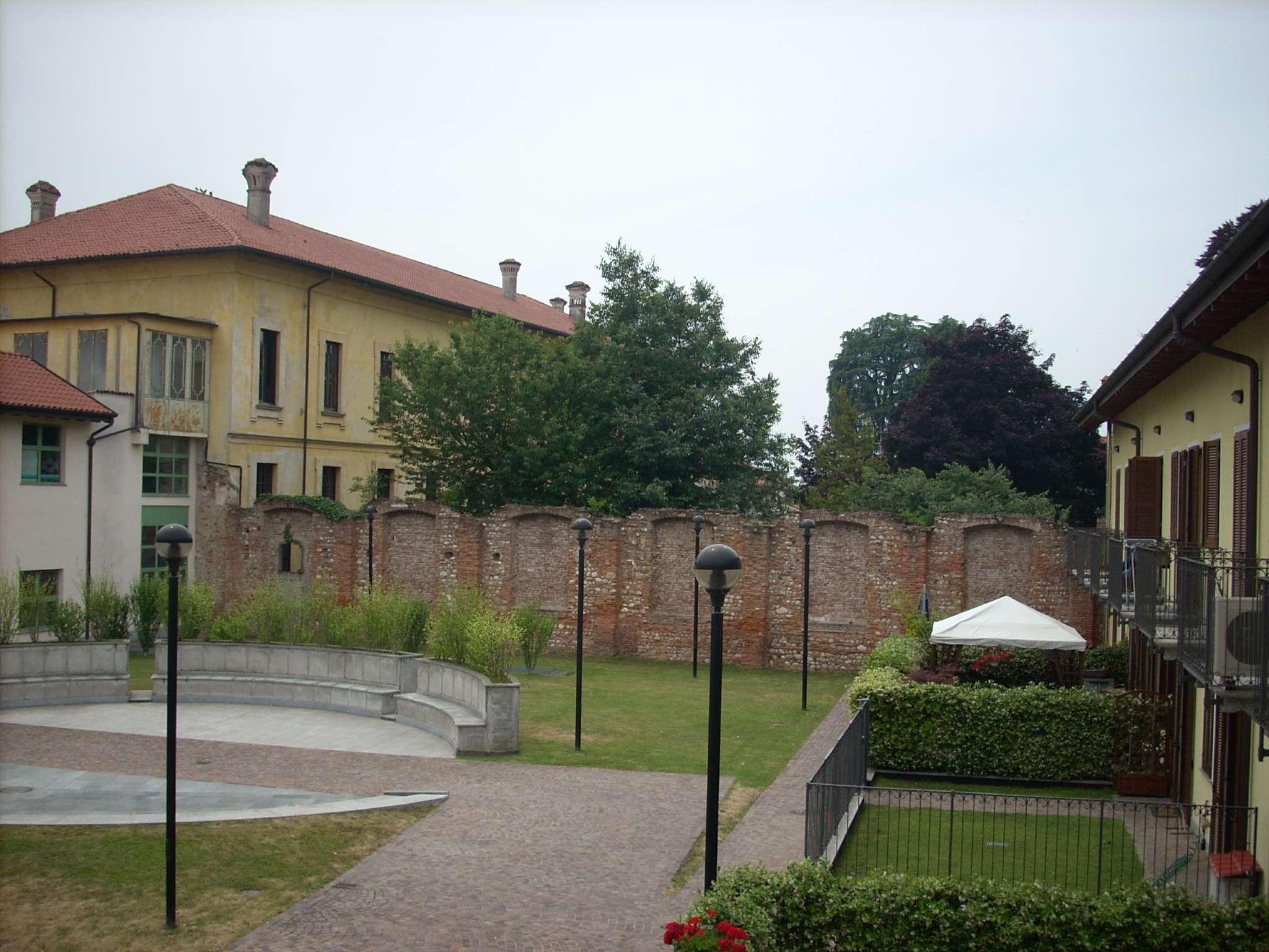Vendita Villa A Castano Primo
