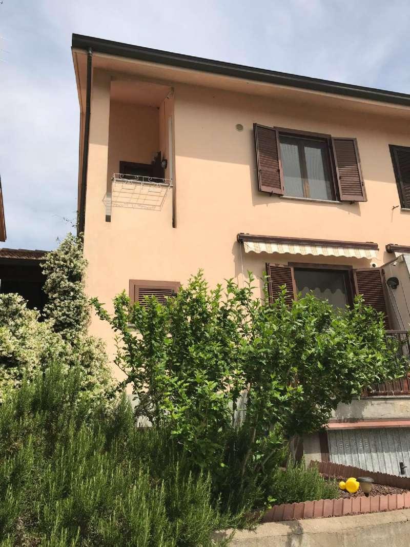 Villa a Schiera in vendita a Casorezzo, 4 locali, prezzo € 240.000 | CambioCasa.it