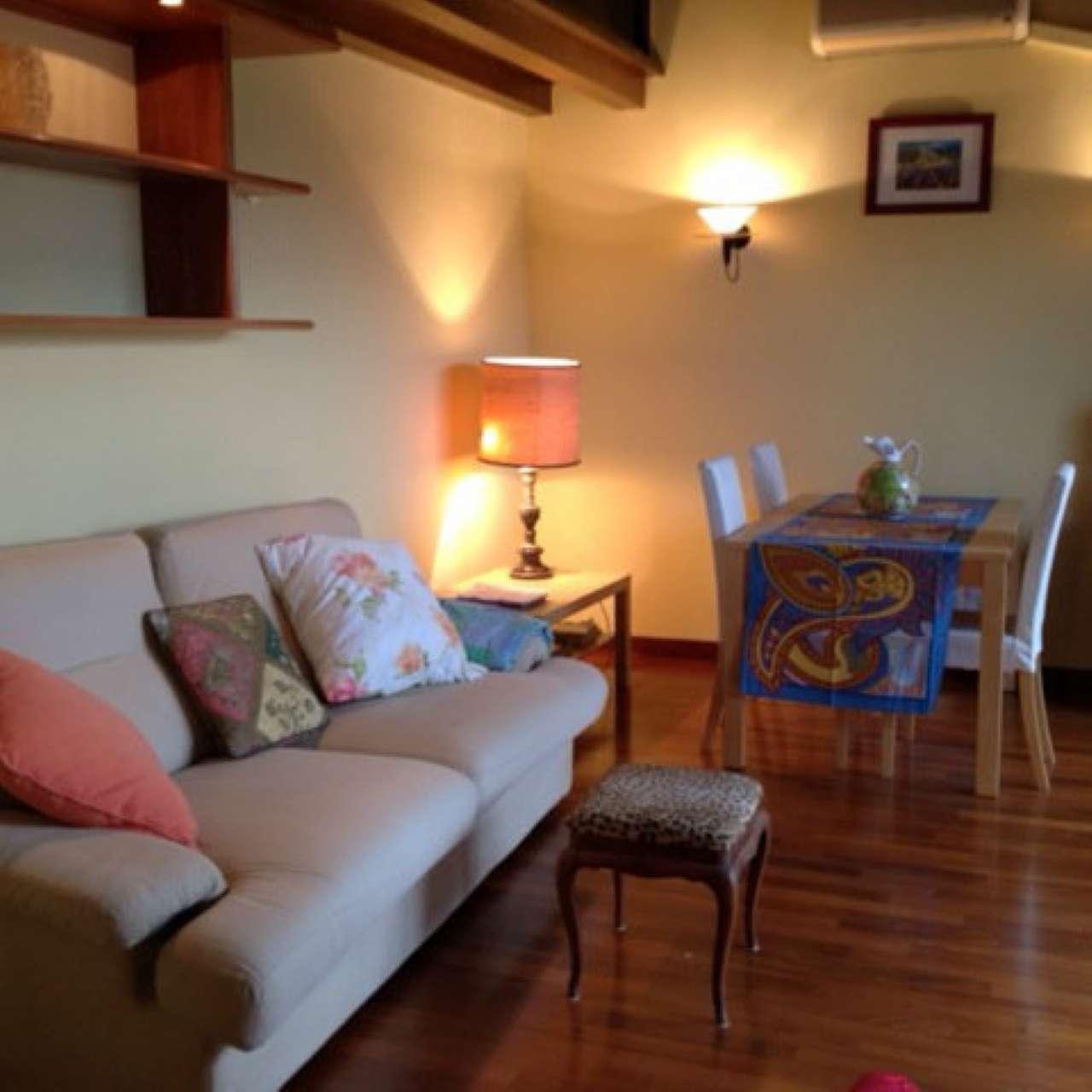 Appartamento in ottime condizioni arredato in vendita Rif. 7770944
