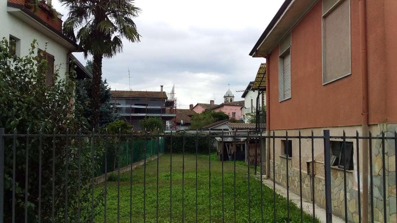 Soluzione Indipendente in vendita a Bereguardo, 4 locali, prezzo € 150.000 | PortaleAgenzieImmobiliari.it
