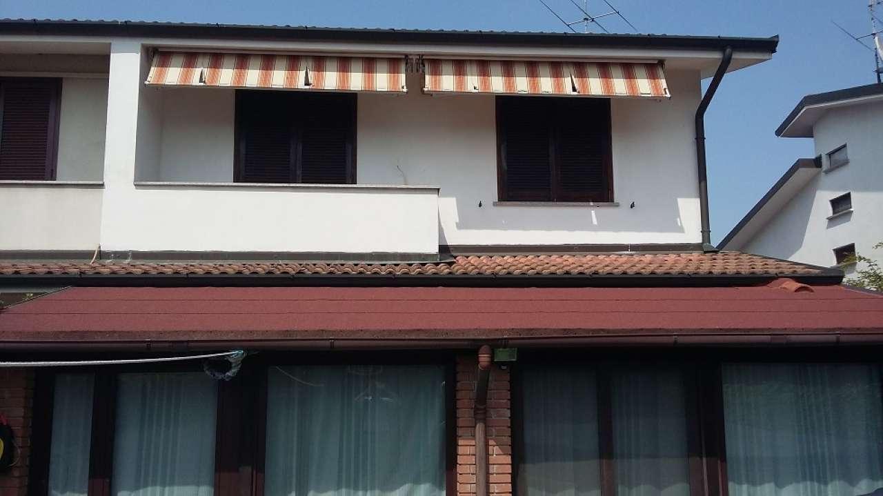 Villa Bifamiliare in vendita a Bereguardo, 5 locali, prezzo € 237.000 | PortaleAgenzieImmobiliari.it